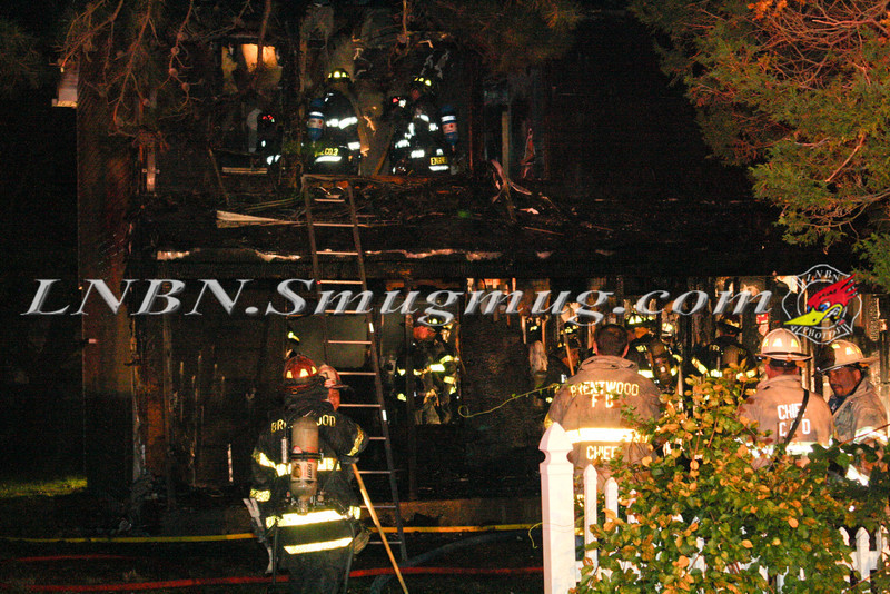 Brentwood F D  Working Vacant House Fire 66 Patton Ave 10-17-11-45
