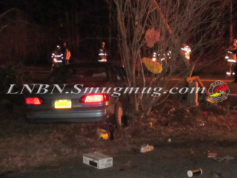 Manorville Car vs Pole Wading River Rd 2-14-12-6