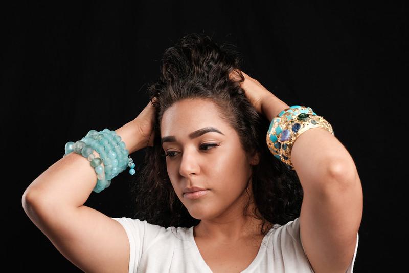 @lianetmlmrcoto<br /> makeup artist @goreglitter