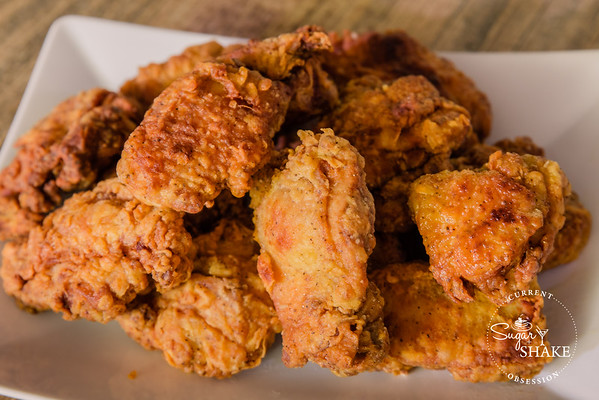 Mmm, fried chicken! (Made with the Williams-Sonoma City Grit Fried Chicken Kit.) © 2015 Sugar + Shake