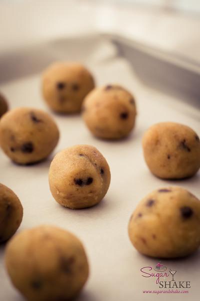Naked Cake Truffles. © 2013 Sugar + Shake