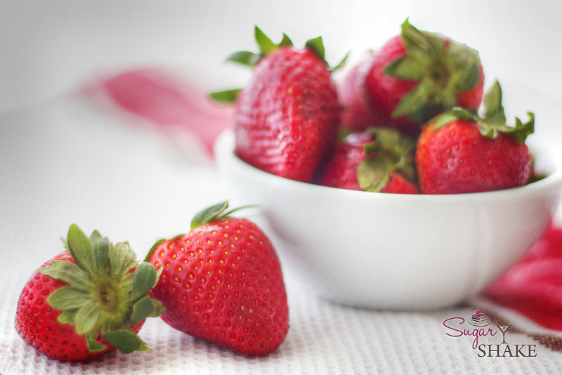 Couldn't resist taking lots of beauty shots of these strawberries! © Sugar + Shake