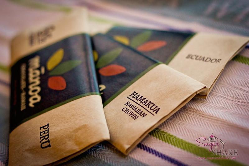 66% Peruvian Goat Milk; 72% Hamakua Hawaiian Crown; 85% Ecuadoran. © 2012 Sugar + Shake