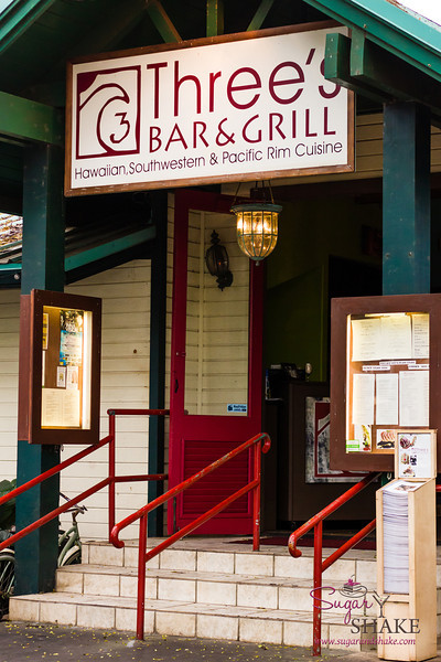 Three's Bar & Grill in Kihei © 2013 Sugar + Shake