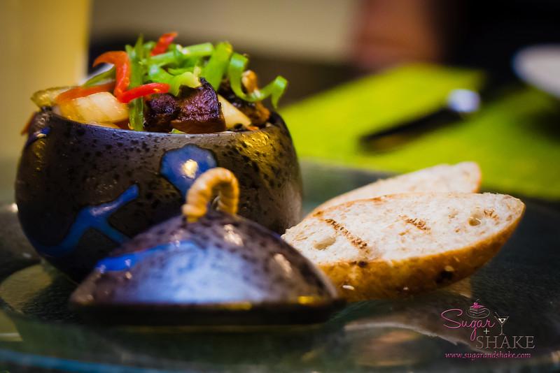 Beef Poke at Kō at The Fairmont Kea Lani. © 2013 Sugar + Shake