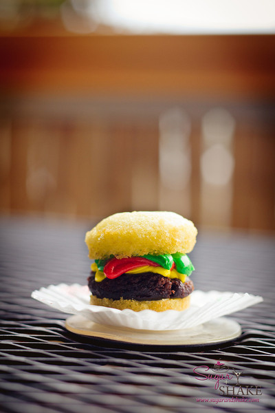 Is it a cupcake? Is it a burger? It's both! It's the most adorable hamburger in Hilo, found at Short N Sweet Bakery. © 2012 Sugar + Shake