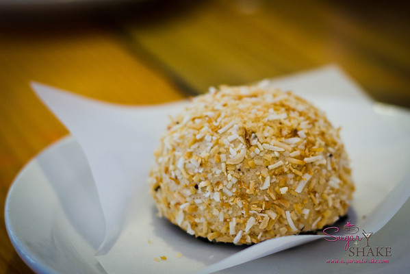 While Sugar went for a Chocolate Coconut Snowball. © 2012 Sugar + Shake