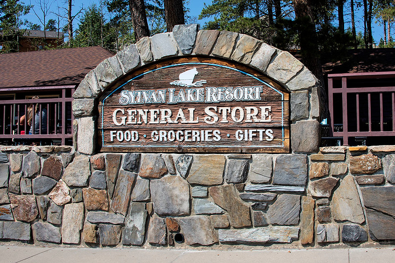 Sylvan Lake Resort