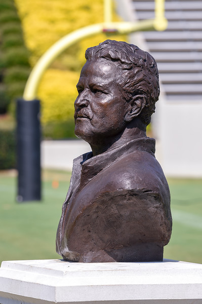 Mike Ayers Bronze Statue 07-29-19-7