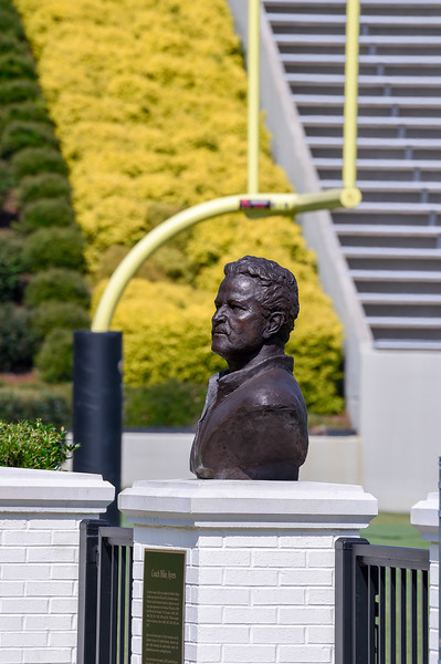 Mike Ayers Bronze Statue 07-29-19-1
