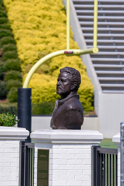 Mike Ayers Bronze Statue 07-29-19-3