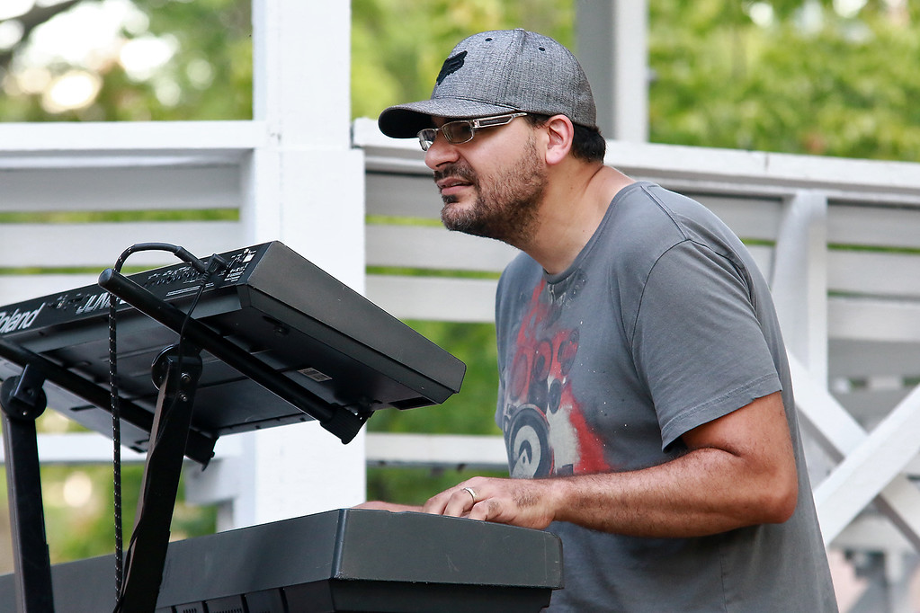 . Augusts Concert on the Upper Common in Fitchburg featured De La High a local Latin/ pop group. Playing the keyboards with the group was Joe Mazzarella.  SENTINEL & ENTERPRISE/JOHN LOVE