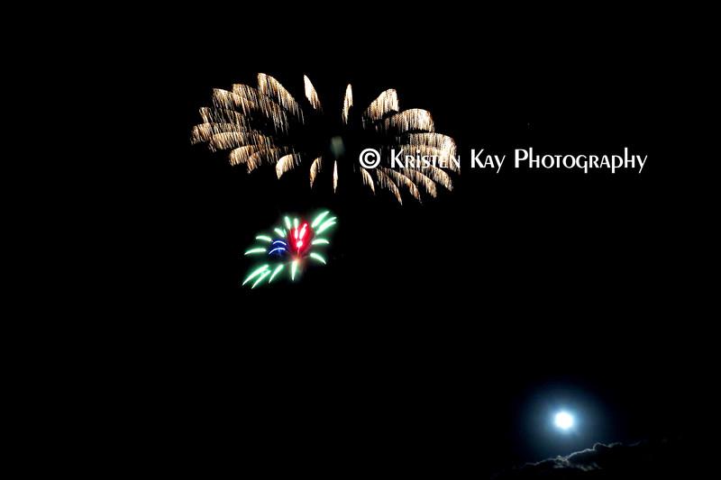 MC SOLO firework moon_012
