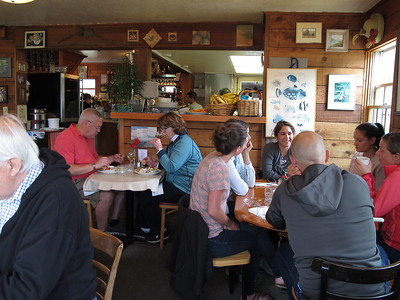 At the Lazy Susan Cafe in Cannon Beach. Very popular (we had to wait in line), good food.