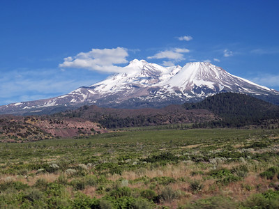 Mount Shasta from Route 97 during our drive to Klamath Falls.