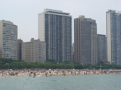 They have beaches in Chicago.  Right downtown. Like for real.  How cool is that?