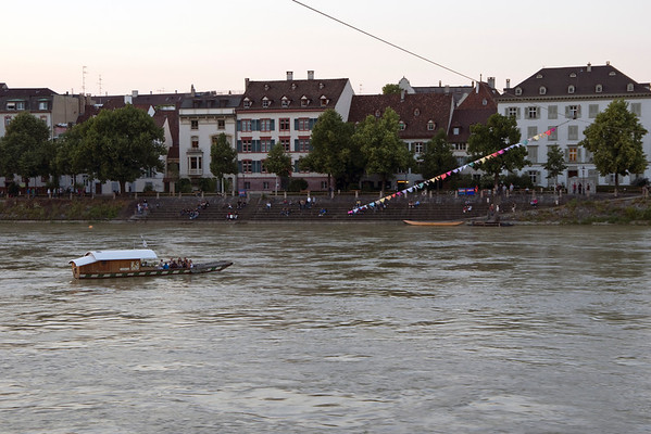 Day 3: An Evening on the Rhine (19 Photographs)