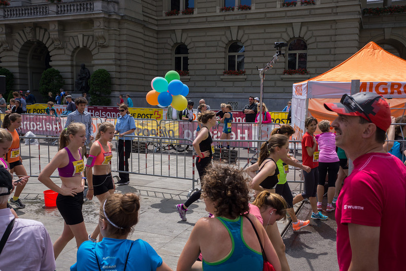 There were thousands upon thousands of runners and onlookers. Very exciting.