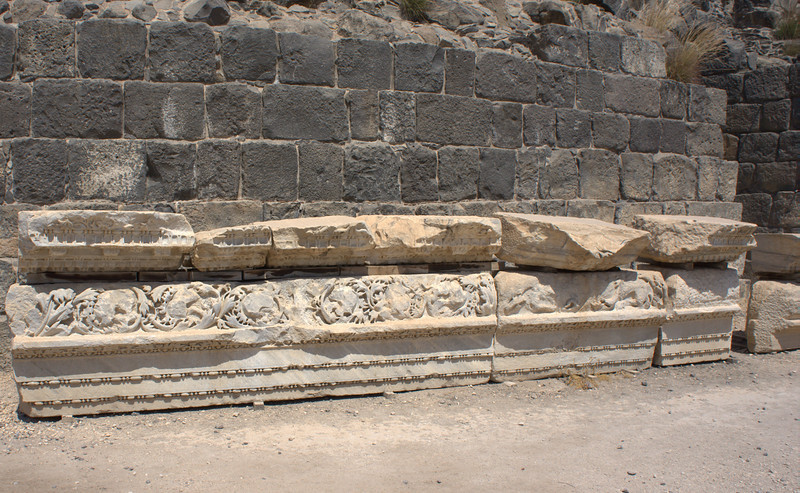 Large carved freezes sat atop the pillars. The next two slides explain how they moved the enormous blocks of stone.