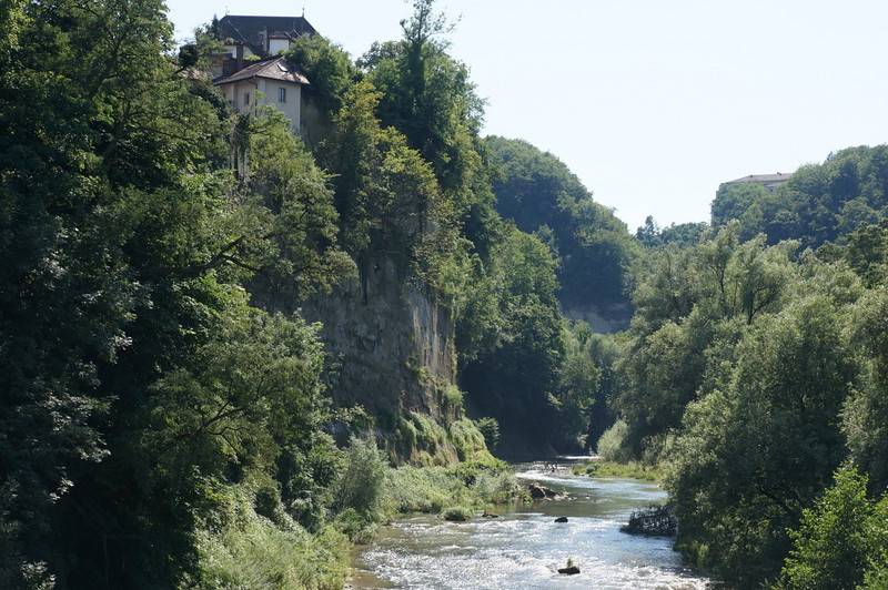 The river created a natural defense, as it carved a deep canyon.