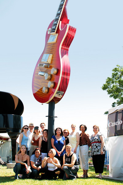I love this big guitar and piano right by the Marcus Amphitheater entrance.