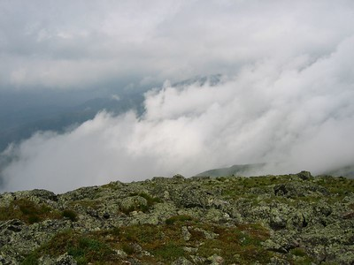 Clouds below ridge