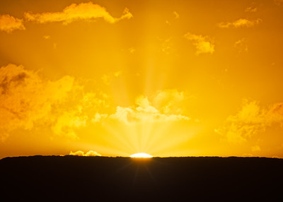 Rays over Lanai