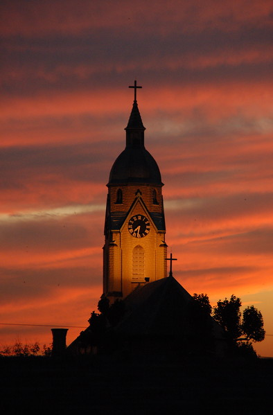 """""""Bellevue Sunset""""   Bellevue, KY.   This photograph published on the DVD accompanying Capture Cincinnati 2008."""