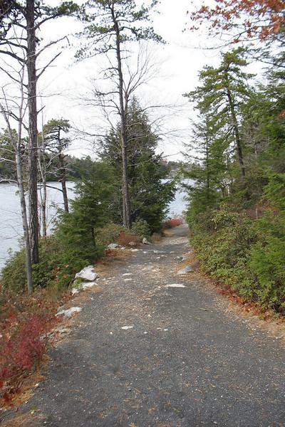 Gertrude's Nose Hike-Lake Minnewaska - Nov 17, 2007