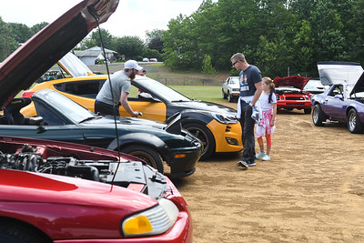 Seltzer Car Show
