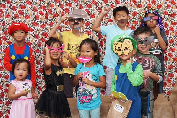 Sunday 10/30/16 Fall Fest Photo Booth