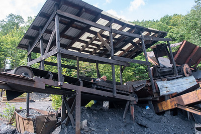 Bear Gap Coal Mine bootlegging
