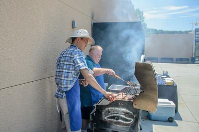 Saddleback Irvine Sunday Worship - SSM BBQ - photo by Allen Siu