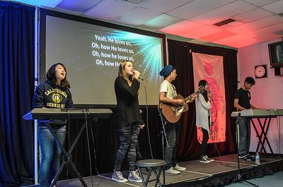 saddleback Irvine Sunday Worship - SSM Service - photo by Allen Siu