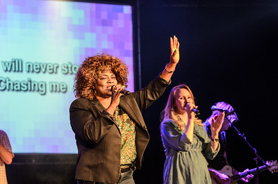 saddleback Irvine South Sunday Worship - photo by Allen Siu 2016-10-09