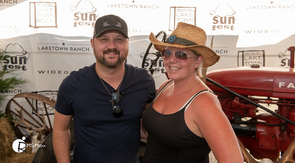 Meet & Greet with Aaron Goodvin | Sunfest Country Music Festival | Lake Cowichan BC