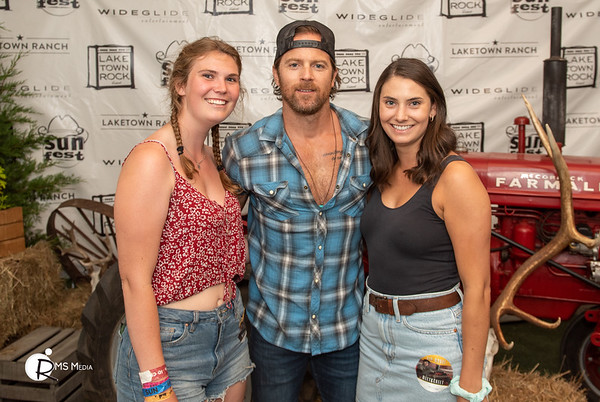 Meet & Greet with Kip Moore   Sunfest Country Music Festival   Lake Cowichan BC