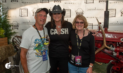 Meet & Greet with Terri Clark | Sunfest Country Music Festival | Lake Cowichan BC RMS Media by Rob Porter
