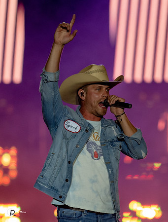 Dustin Lynch | Sunfest Country Music Festival | Lake Cowichan BC