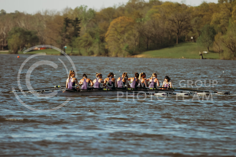 The 2v8 boat rows during the Sunflower Showdown against Kansas on May 1, 2021 at Wyandotte County Lake. (Sophie Osborn | Collegian Media Group)