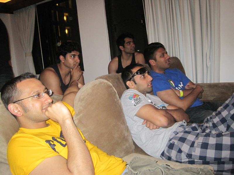 Sunil's Bachelor Party - 015