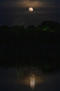 210328_4_FL_7291_Moonrise-E-E-1