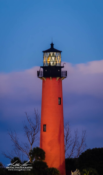 Jupiter Lighthouse - Symmetrical