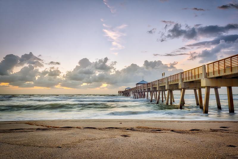 Juno Beach Pier - Morning