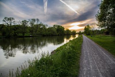 Erie Canal Trail near Fairport NY