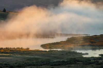 Sunrise Fog in Lamar Valley