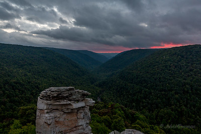 Potomac Highlands workshop with Randy Sanger & Todd Williams, Tucker County, WV, September 11-14, 2014; sunset at Lindy Point in BWFSP was disappointing; so little nice light & color, I didn't try for position off wood observation deck, occupied by others seeking better shots of rock formation