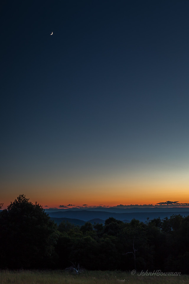Afterglow & Moon - Tanners Ridge Overlook (22 minutes after sunset)