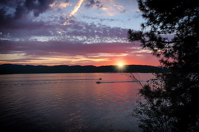 Sunset Two Boats Sunstar Lake Coeur D'Alene