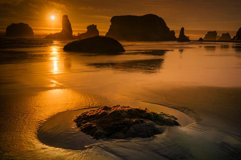 Sea stacks at Bandon Beach at sunset, Oregon Coast